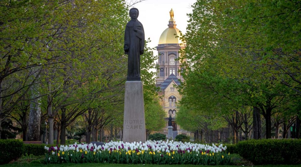 Statue of Our Lady of the University in the main circle. Photo by Matt Cashore/University of Notre Dame.